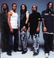 Korn - Hiphop sztárok a Korn új klipjében