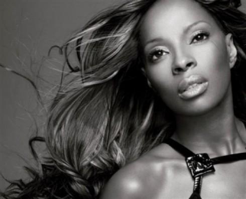 Mary J. Blige - Mary J. Blige: The Breakthrough (Geffen / Universal)