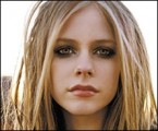 Avril Lavigne - Komoly image-váltás előtt