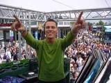 DJ Tiesto - Tiesto nemes cél érdekében kampányol!