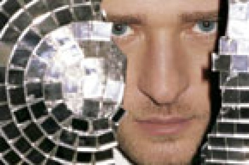 Justin Timberlake - Justin sikere a széttört disco kellékkel