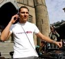 DJ Tiesto - Tiesto díja egy nemes kampányért