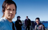 Angels & Airwaves - A punkzenész sem vész el