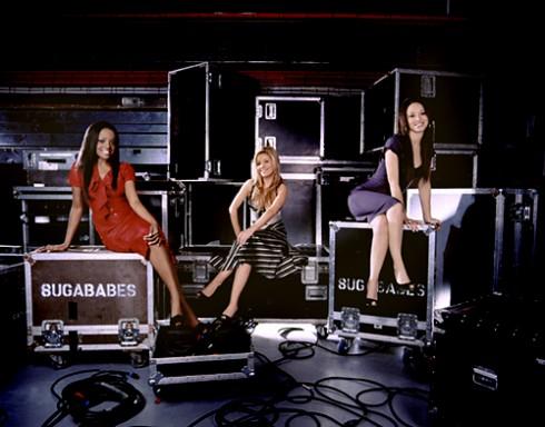 Sugarbabes - Európai eladási lista: éllovas a Sugababes vs Girls Aloud