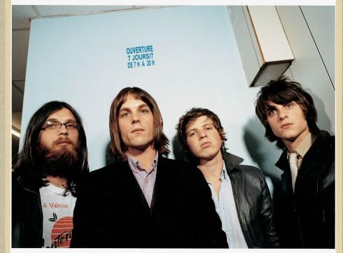 Kings of Leon - Listamustra 2007/15