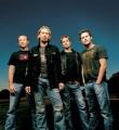 Nickelback - Félmillió dollárt gyűjtött a Nickelback