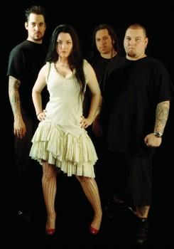 Evanescence - Evanescence: egyszerre két tag is távozott