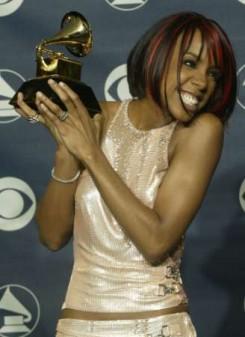 Kelly Rowland - Halálhírét keltették Kelly Rowlandnek