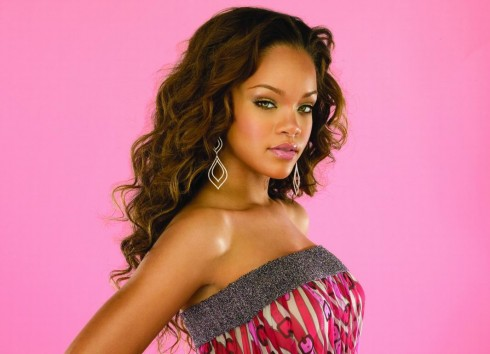 Rihanna - Listamustra 2007/27