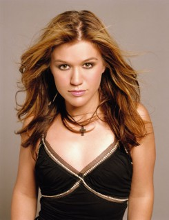 Kelly Clarkson - Listamustra 2007/28