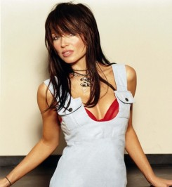 Danii Minogue - Danii Minogue állítólag leszbikus