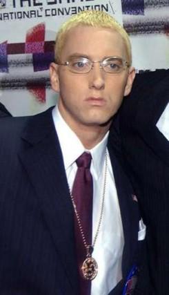 Eminem - Megtöri a csendet Eminem - jön az új album