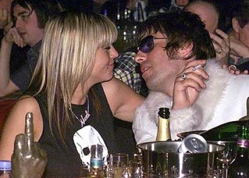 Oasis - Megnősül az Oasis fenegyereke