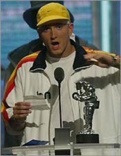 MTV - Eminem 4 díjat söpört be