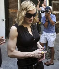 Madonna - Madonna új bombaslágere először nálunk
