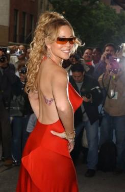 Mariah Carey - Interneten keresi szexpartnerét Mariah Carey