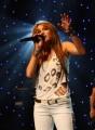Miley Cyrus - Elege lett a legyekből Miley Cyrusnak