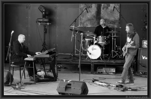 K.L.B. trio - K.L.B. TRIO – az új dimenzió