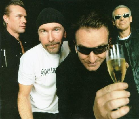 U2 - U2: várt nagylemez kétes borítóval