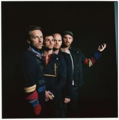 Coldplay - Stúdióba járási tilalmat rendeltek el a Coldplay énekese számára