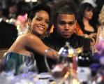 Rihanna - A szétvert Rihanna visszatért Chris Brown-hoz - durva fotóval!
