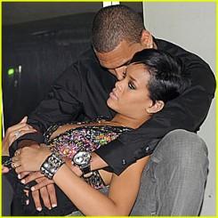 Rihanna - Rihanna és Chris Brown duettel tér vissza!