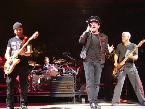 U2 - Tarol a várva várt nagylemez