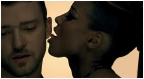 Ciara - Ciara és Justin nyalja-falja egymást új klipjükben!