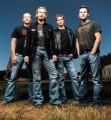 Nickelback - Tarolt a Nickelback