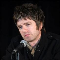 Oasis - Kiszállt az Oasisből Noel Gallagher