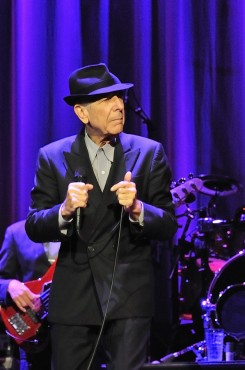 """Leonard Cohen - Leonard Cohen, az """"öreg"""" telt házas koncertet adott"""