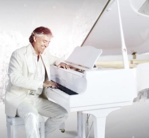 Andrea Bocelli - Bocelli legújabb albuma karácsonyra készült