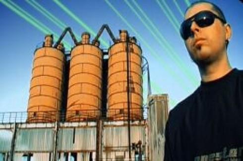 Skyland - Újra dübörög a techno