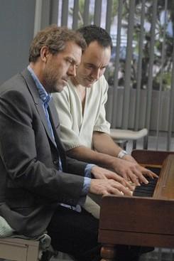 Hugh Laurie - Dr. House mint popsztár?