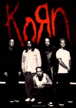 Korn - A Korn kiadót vált