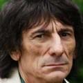 Rolling Stones - Slash-t Ronnie Wood tanította gitározni