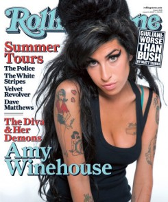 Amy Winehouse - Amy Winehouse apja: Mick Jagger bekaphatja