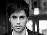 Enrique Iglesias - Megérkezett Enrique Iglesias új albuma