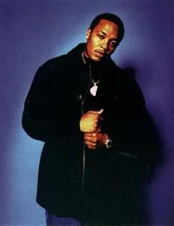 Dr. Dre - Dr. Dre-t a naprendszer inspirálja
