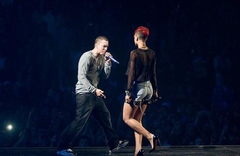 Eminem - Debütált Eminem és Rihanna közös klipje