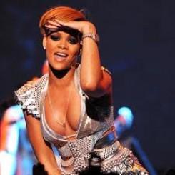 Rihanna - Rihanna bemutatta legújabb klipjét