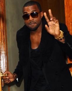 """Kanye West - Kanye West """"szörnyen sajnálja"""""""