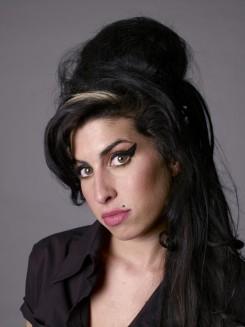 Amy Winehouse - A huszonhetesek klubja (Jegyzet)