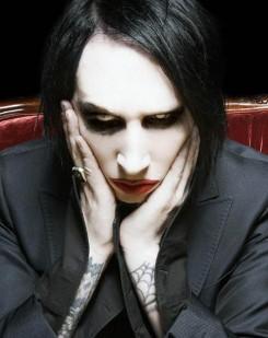 Avril Lavigne - Avril Lavigne és Marilyn Manson duettet készített