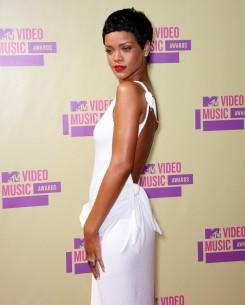 Rihanna - Rihanna-slágerek, futószalagon