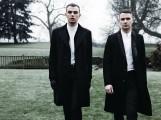 Ákos - Ákos készíthetett remixet a HURTS új dalából