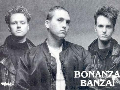 Ákos - Ákos együtt lép fel régi Bonanzás társaival