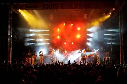 Ákos - Új helyszínen Ákos tihanyi koncertje!